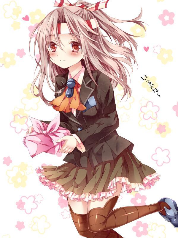 #一番目にリプ来た艦娘が二番目にリプ来た艦娘の服を着る 描きました~ 熊野の服を着た瑞鳳ちゃんです